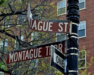 Calling 311 mangled street sign remains for months for 2 montague terrace brooklyn heights