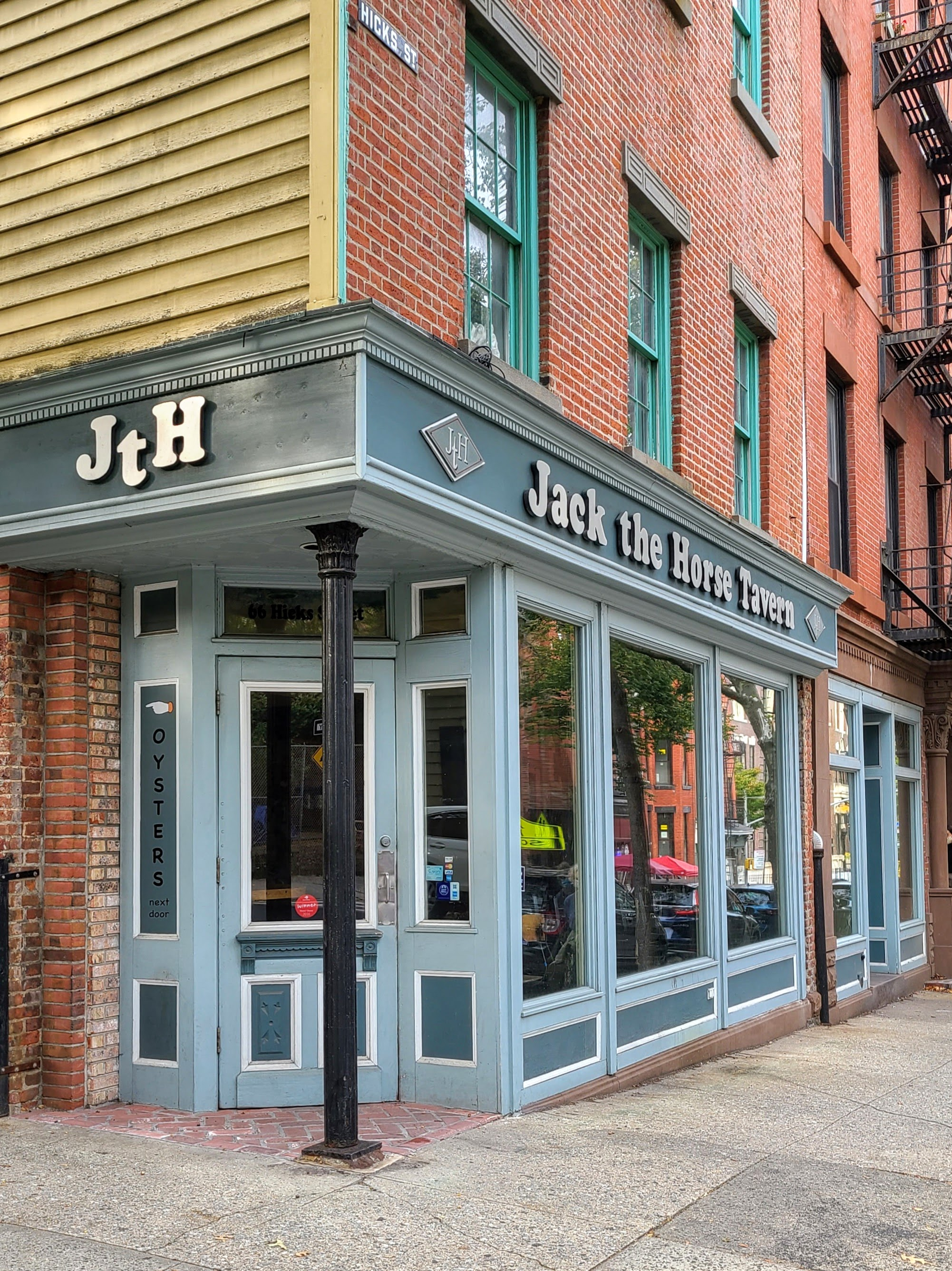 Jack the Horse Tavern (66 Hicks St.)