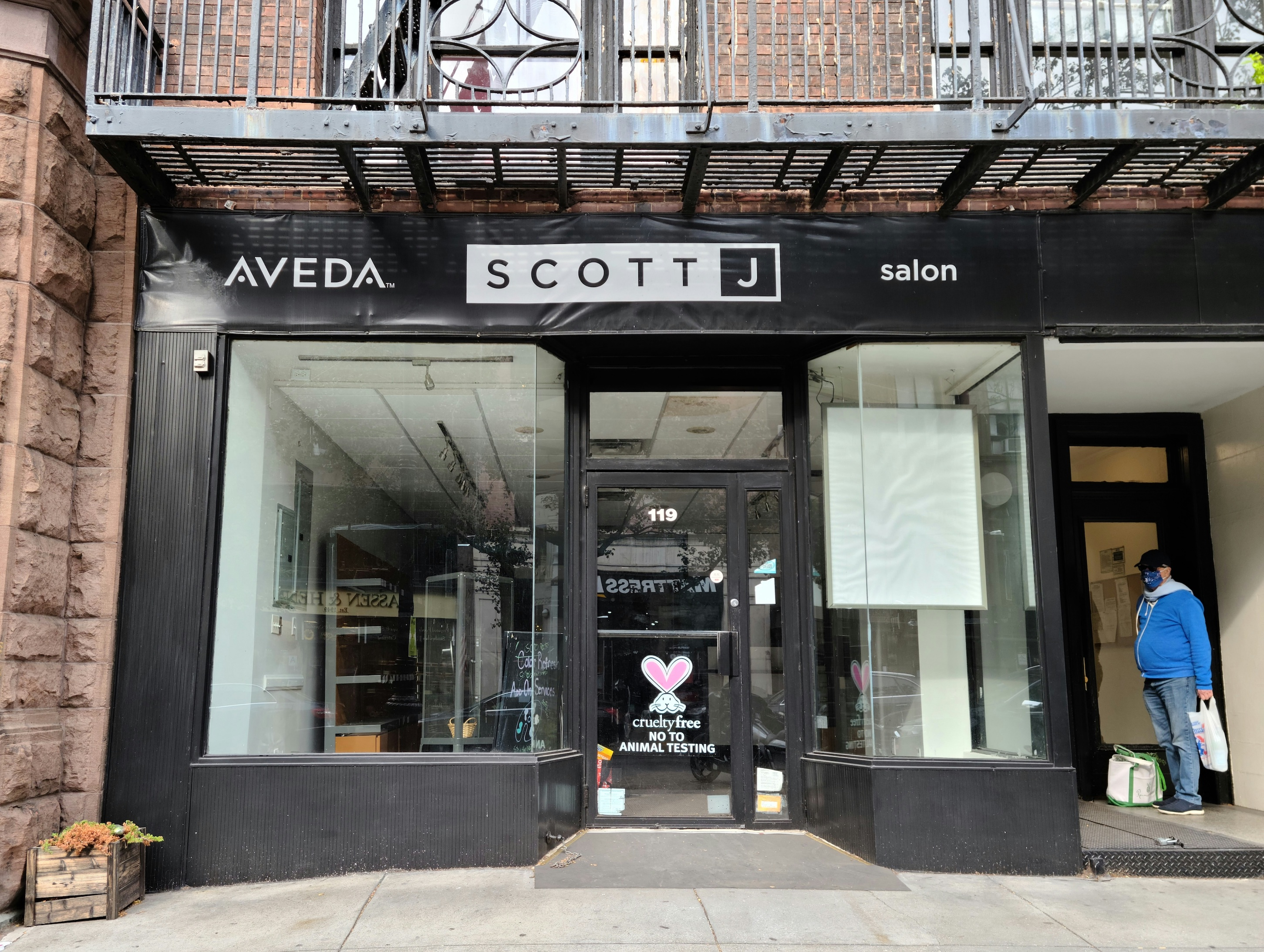 Scott J Aveda Salon (119 Montague St.)